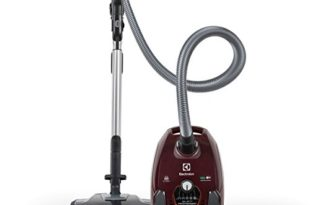 Panasonic Vacuum Cleaner - Electrolux Bagged Vacuum EL4015A Silent Performer Canister, Maroon